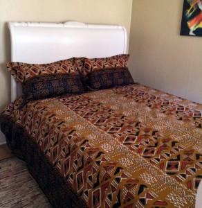 Auc1-Bedspread